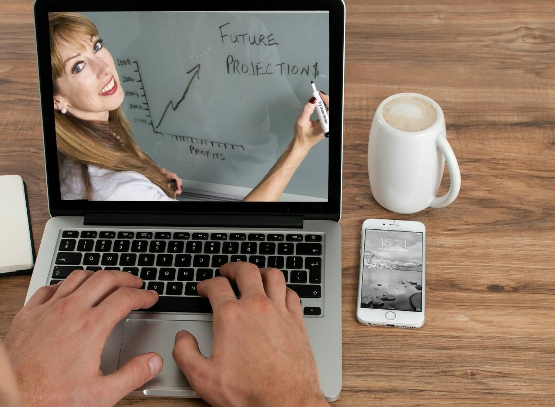 7 Errores a evitar durante tus videollamadas